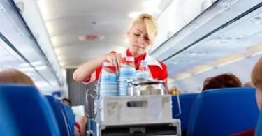 becoming a flight attendant