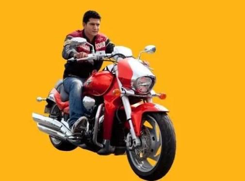 Ashutosh Kaushik Net Worth