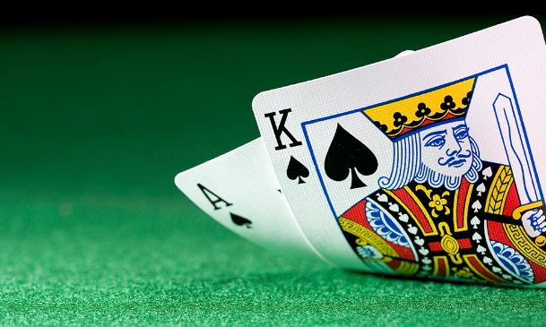 Win at Online Blackjack Without Counting