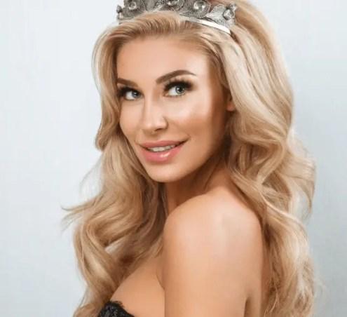 Christina Mikkelsen - Danish model