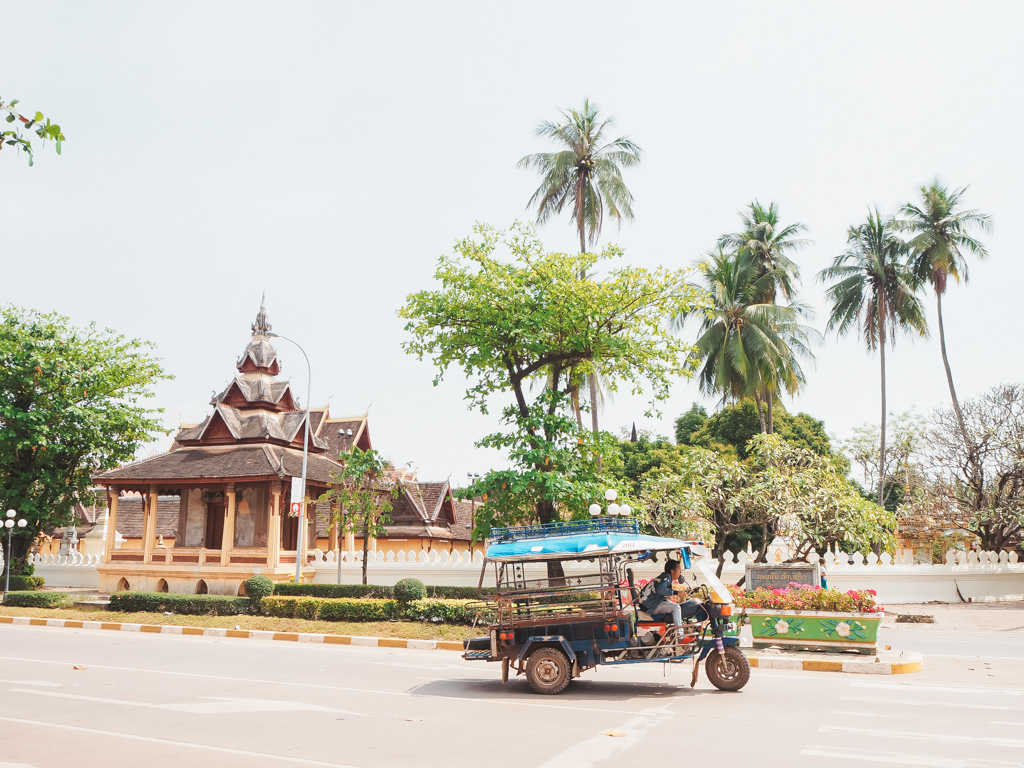qué-ver-en-vientiane-laos-transporte-local