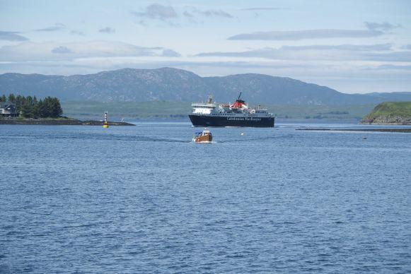 De eerste van vele Caledonian MacBrayne ferrys die we nemen deze vakantie.