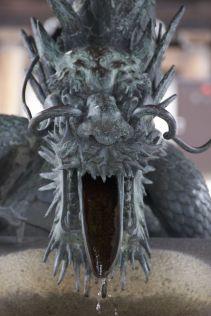 Draken in Japan spuwen blijkbaar geen vuur maar water.