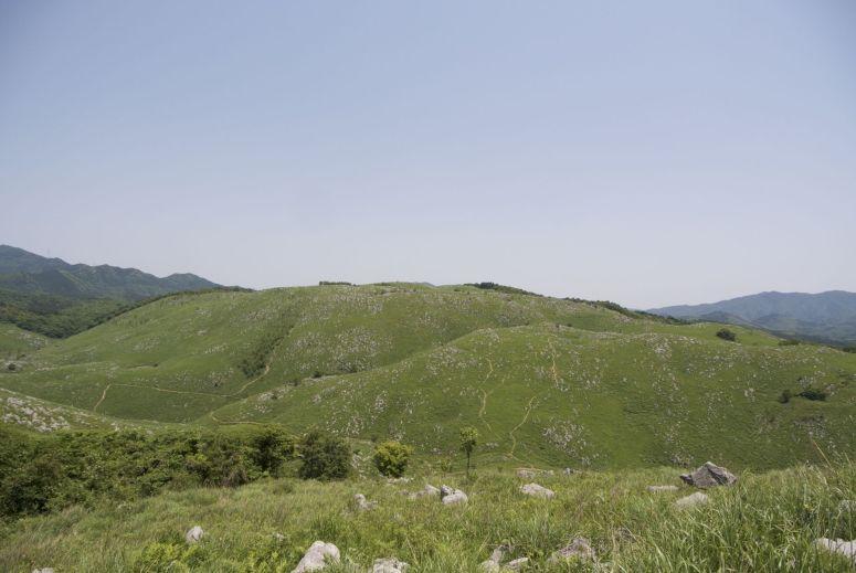 Het landschap doet bijna Engels aan, maar de temperatuur niet!