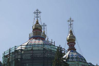 Hoewel het land grotendeels moslim is, zie je ook Russich orthodoxe kerken en kathedralen. Deze staat helaas in de steigers.