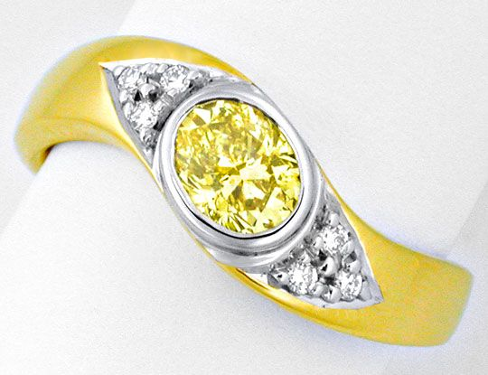 Natural Fancy Intense Vivid Canary Diamanten in Schmuck