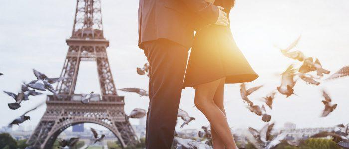 Paris läd ein zur Verlobung