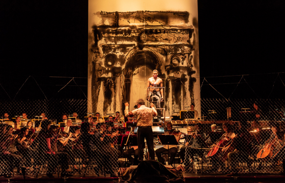 Borondo Does Scenography and Direction For Opera Performance
