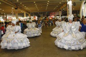 Águia de Ouro: samba no Festival