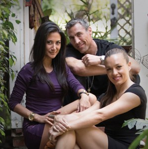 polyamorous Triad dating