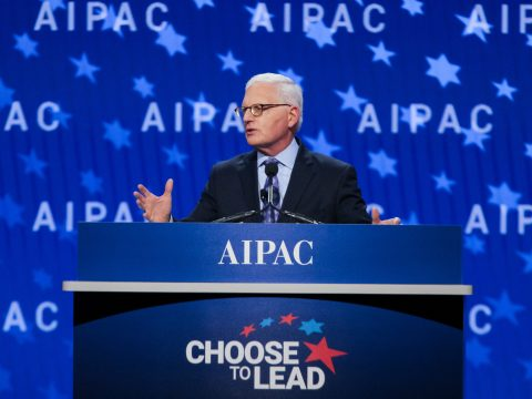 AIPAC Executive Director Howard Kohr speaks to the Israel lobby's policy conference in Washington, D.C., March 4, 2018. (Photo/Courtesy AIPAC)