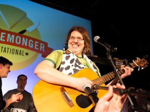 Jill Zenoff singing a cheese parody she wrote, set to an Indigo Girls song.(Photo/Ellen Mary Cronin)