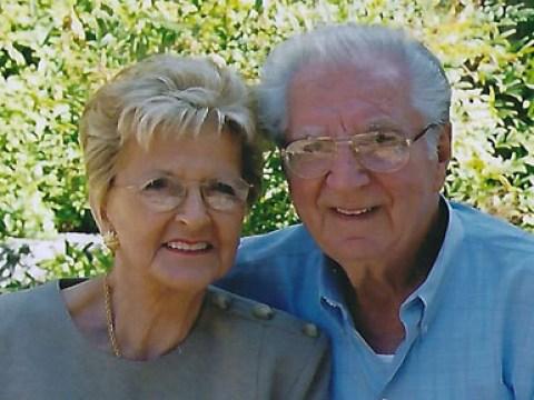 Eva Maria Wiener (left)