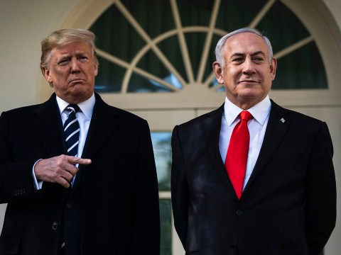 President Donald Trump talks with Israeli Prime Minister Benjamin Netanyahu near the Oval Office of the White House, Jan 27, 2020. (Photo/JTA-Jabin Botsford-The Washington Post via Getty Images)