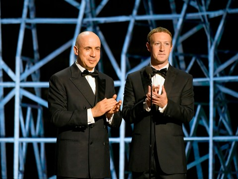 Yuri Milner (left) and Mark Zuckerberg at the Breakthrough Prize ceremony in Mountain View, Nov. 2019. (Photo/JTA-Steve Jennings/Getty Images for Breakthrough Prize)