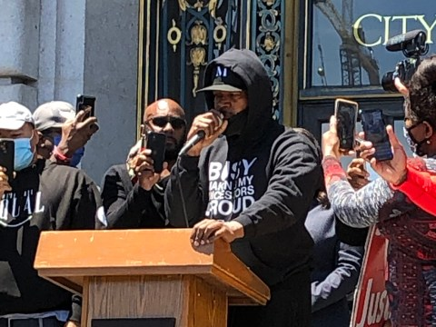 Jamie Foxx addressing the crowd at the Kneeling for Justice rally on the steps of San Francisco City Hall, June 1, 2020. (Photo/Gabe Stutman)