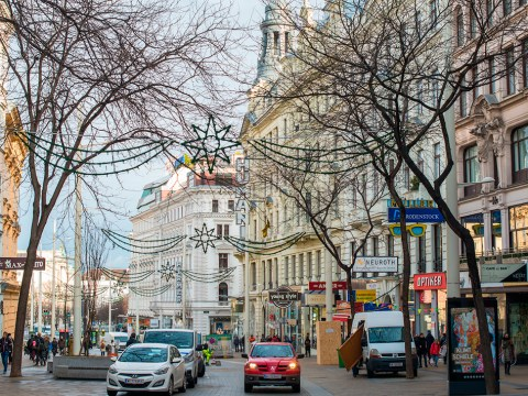 Most of the 8,000 or so Jews left in Austria live in Vienna, shown here in 2018. (Photo/JTA-Andrew Michael-Education Images-Universal Images Group via Getty Images)