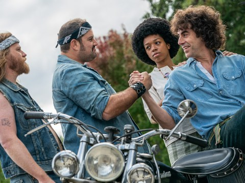 "Sacha Baron Cohen (right) as Abbie Hoffman in ""The Trial of the Chicago 7"". (Photo/Niko Tavernise-Netflix)"