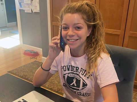 Nina Schmier has been calling and texting Jewish voters in Pennsylvania and Florida. (Photo/Courtesy Schmier)