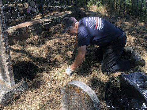 Mike Pechner, organizer of the cleanup, at the Pioneer Jewish Cemetery. (Photo/Courtesy Mike Pechner)