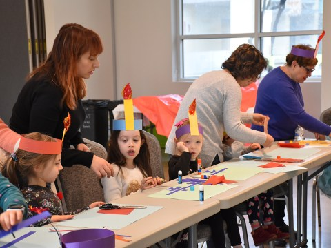 Students at Yom Rishon School learn about Hanukkah. (Photo/Courtesy Yom Rishon)