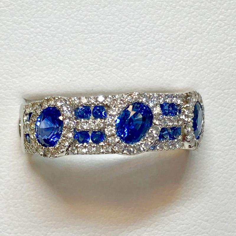 oval blue sapphire and diamond band