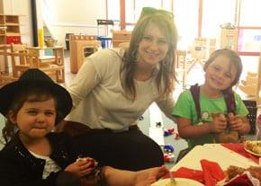 Rebbetzin Chasia Feldman with pupils