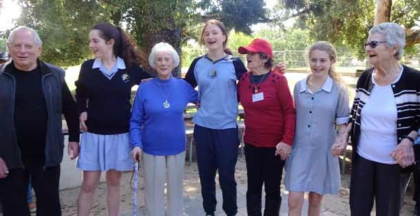 Emmy-Monash-610photos-from-Walk-in-St-Kilda-Botanical-Gardens,-Yr-9,pic-2