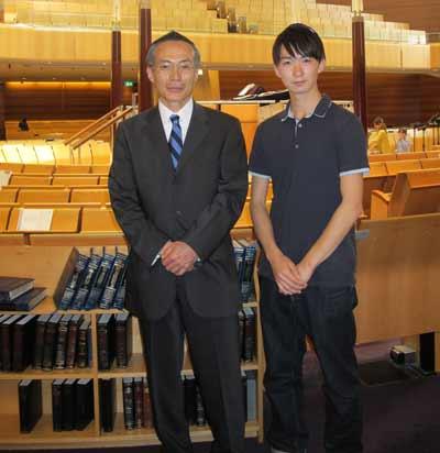 Japanese Consul-General Masato Takaoka and Keisuke Sugihara    Photo: Yoshiko Arakawa, Nishigo Press.