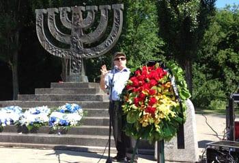 Nathan Sharansky at the memorial