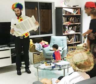 Rabbi Rubin reads the Megillah