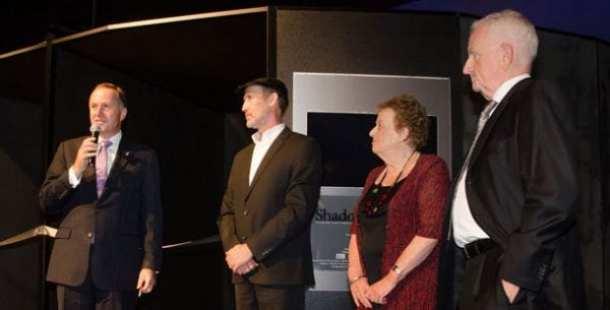 John Key, PM NZ; Perry Trotter, Shadows of Shoah Founder; Inge Woolf, Director Holocaust Centre of NZ; Robert Narev MNZM; Shadows of Shoah Chairman pic: www.shadowsofshoah.com