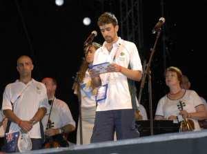 Josh Small recites Yizkor