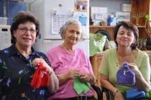 Knitters Renee Glass, Dora Krieger and Lea Friedlander