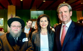 Rabbi Pinchis Feldman, Senator Concetta Fierravanti-Wells and Premier Barry O'Farrell