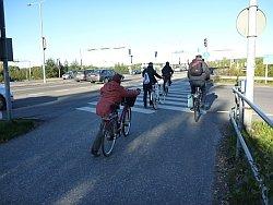 Pyöräilijöitä Tourulassa.