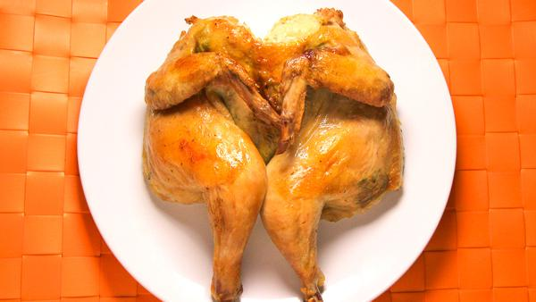 光波爐特色烤雞 - 阿根廷蕃茜醬脆皮烤雞 Roasted Chicken with Chimichurri Sauce
