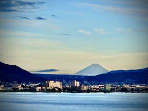 諏訪湖富士山