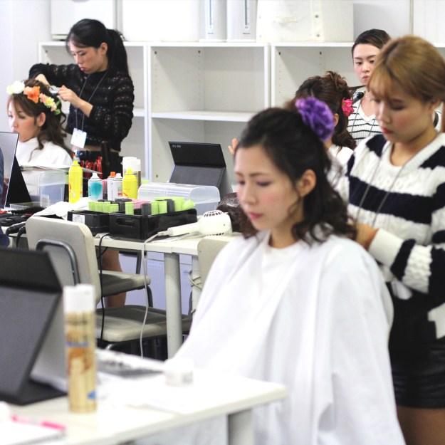 全日制でヘアメイクを学ぶコース