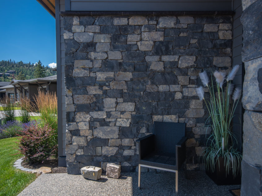 Kettle Valley Shadow Ridge Ledge Stone  K2 Stone