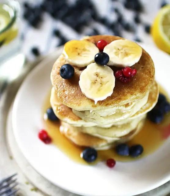 k33kitchen vegan banana blueberries pancake feature