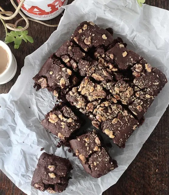k33kitchen vegan brownies with walnuts feature