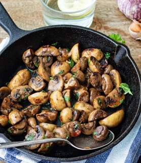 K33 Kitchen sautéed mushrooms with garlic