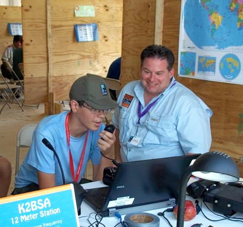 Ray Novak, N9JA, from Icom helped with the demonstrations --- who's having more fun? Ray or the Scout?