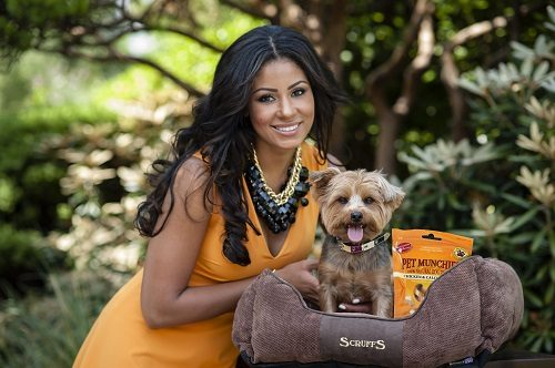 Layla Flaherty dog Buttons K9 Magazine