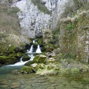 nacedero río Larraun en Iribas