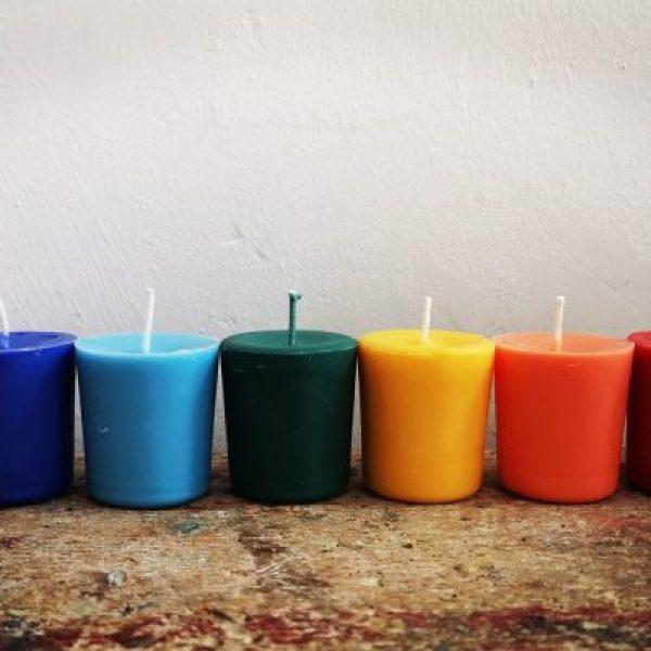 Chakra kaarsjes, set, 7 kleuren – Zonder glaasje