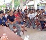 Warga Geruduk Balai Desa Ringintelu