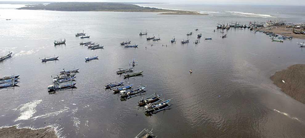 Perairan-Plawangan-di-wilayah-Pantai-Grajagan-yang-menjadi-momok-para-nelayan-saat-akan-mencari-dan-pulang-melaut-kemarin.
