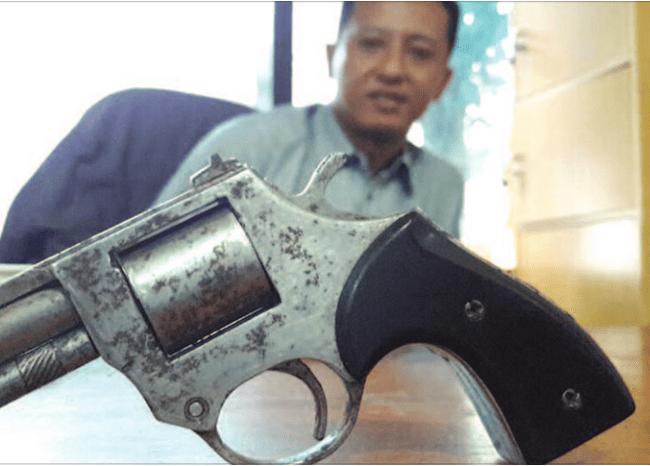 senjata-api-rakitan-yang-ditemukan-di-rumah-mamang